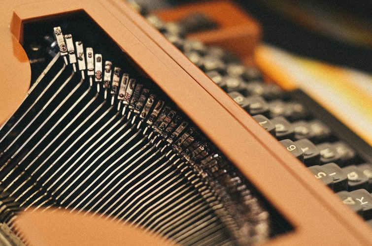 A close up of a typewriter