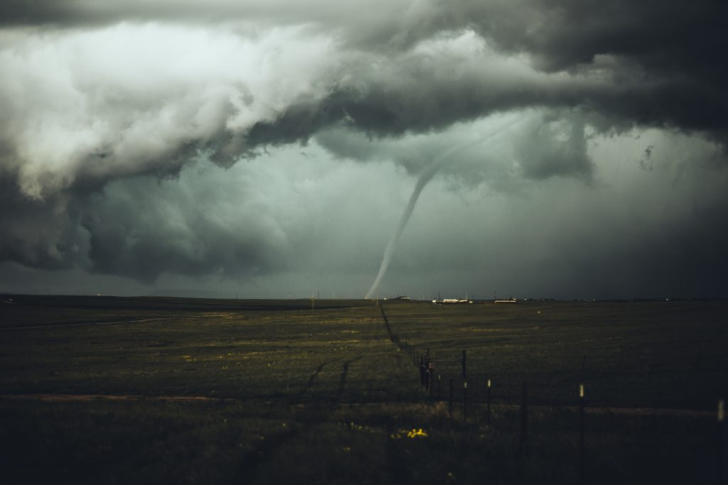 A picture of a storm with tornado